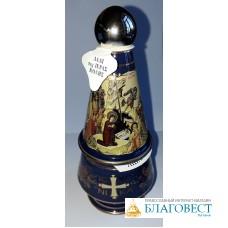Сосуд для святой воды вместе с греческим ладаном в керамической шкатулке. Греция