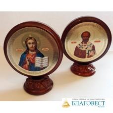 Икона Святителя Николая, на деревянной подставке