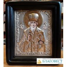 Икона Свт. Николая Чудотворца, 21,5 * 18,5 см, в киоте.